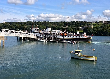 MV Balmoral visits Menai Bridge